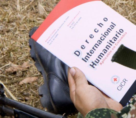 Imagen tomada en San José del Guaviare en 2010 durante una sesión del CICR para explicar el DIH. Christoph Von Toggenburg/CICR/CC BY-NC-ND