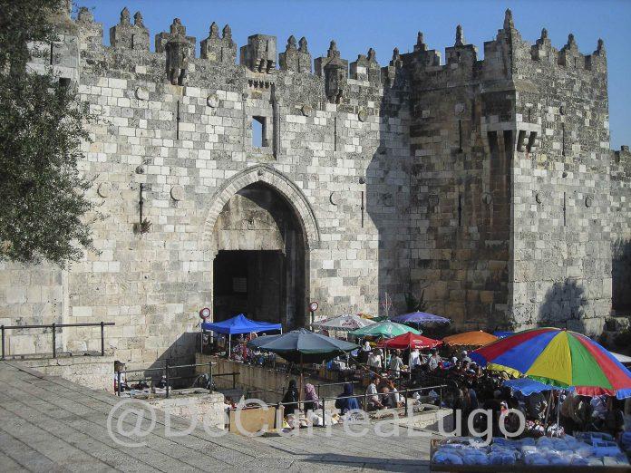 Jerusalén, al derecho 2