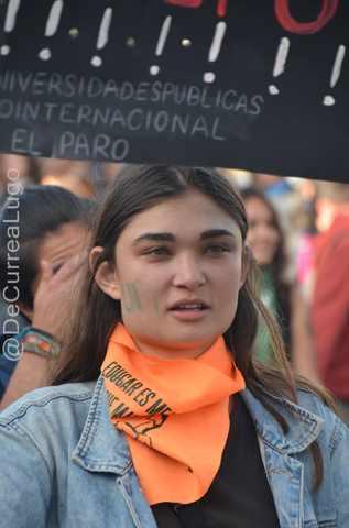 GALERÍA | Postales de la marcha estudiantil 9
